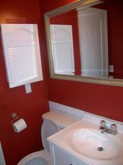 Tuscaloosa condo photo - Bathroom
