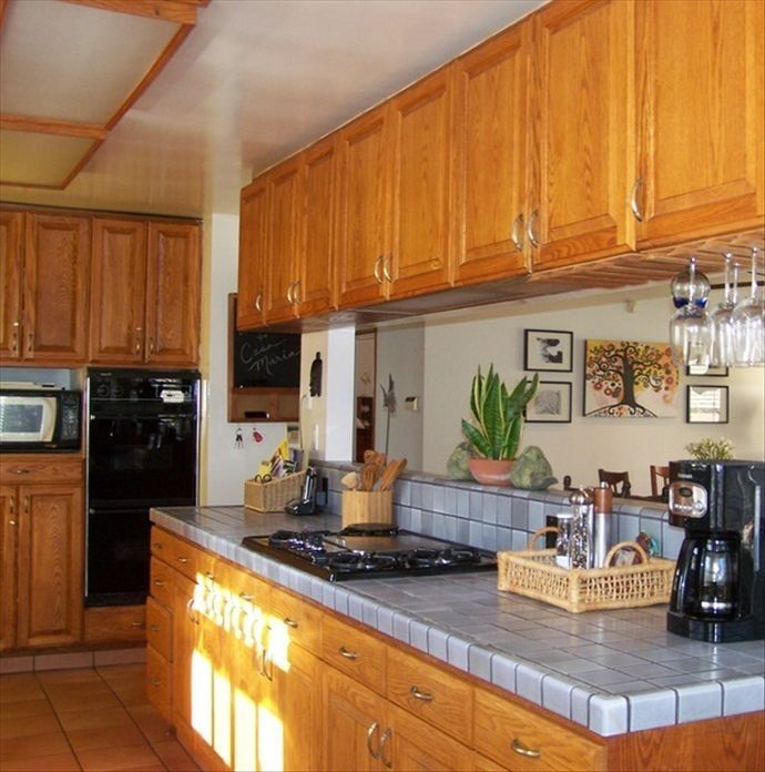 Large, sunny kitchen with everything you need for entertaining!
