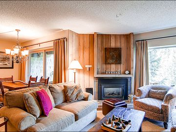 Breckenridge condo rental - Spacious Living Area with New Furniture