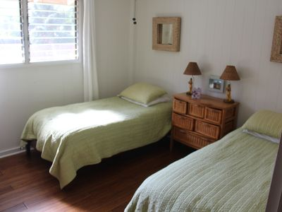 1st floor guest room with 2 twin beds