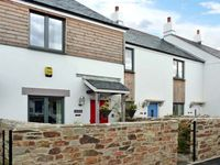 CONART COTTAGE, family friendly in Charlestown, Ref 6318