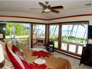 Kahala estate photo - Master Bedroom Suite with King