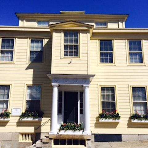 Gorgeous Historic Hill 1833 Greek Revival Centrally Located