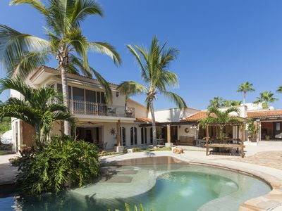 Enjoy the luxury in your secluded oasis in Cabo