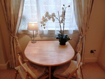 Stunning, cosy studio right in the centre of town + free WIFI + local mobile
