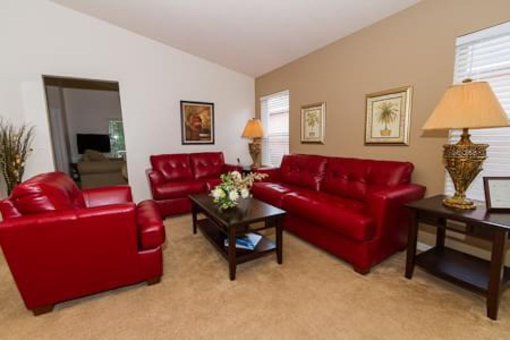 Beautiful 4Br Disney luxury villa close to theme parks and all amenities