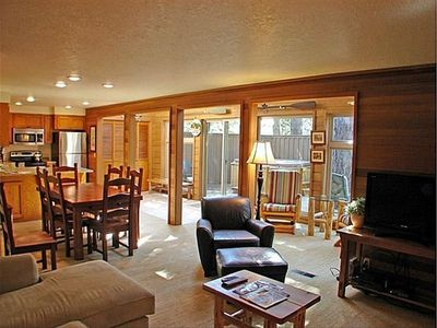 Sunriver Retreat- Living, Dining & Sun Rooms (Great Room Floor Plan)
