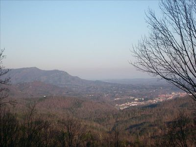 BEST Mountain View! View Out over Mountains & Pigeon Forge - Enjoy City Lights!