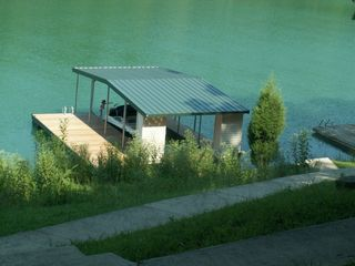 La Follette cottage photo - The Dock and cove