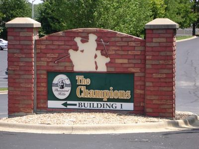 Thousand Hills Entrance Sign To Condo!