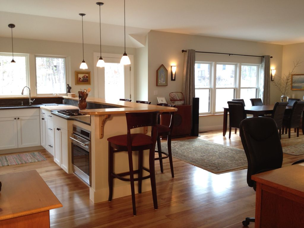 A new cape experience custom 2 master br vrbo for Open concept cape cod house plans
