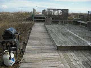 Folly Beach house photo - Deck with Gas grill