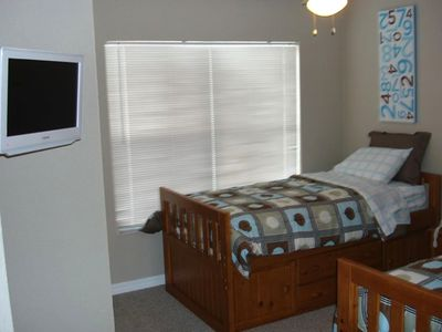 Villas at Seven Dwarfs Lane condo rental - Twin beds with LCD DVD
