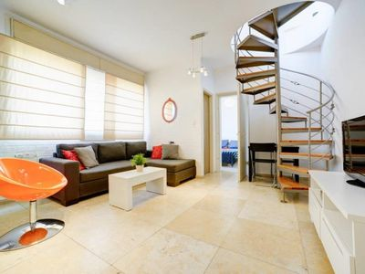 TEL AVIV CENTER - Two Bedroom Apartment, Sleeps 4