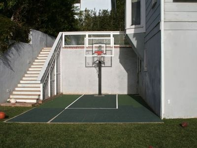 Enjoy the SPORT COURT after a day at the beach...