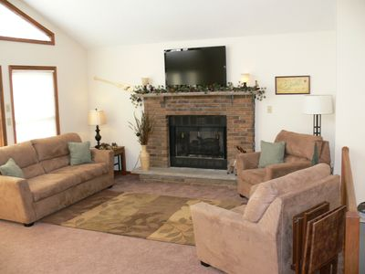 Lake Wallenpaupack house rental - Spacious Living Room, Chalet Window Wall & 46' Flat Screen over the Fireplace