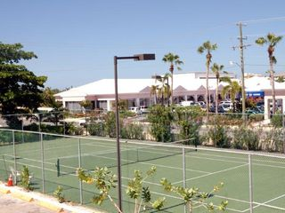 Grand Cayman condo photo - Tennis anyone?