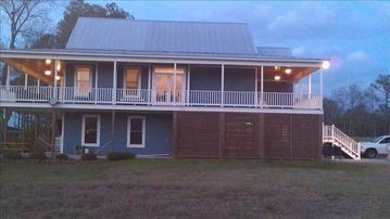 Taw Caw Creek house rental