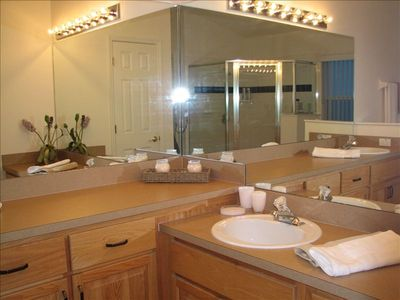 Cumbrian Lakes house rental - Master Bath, double vanity with Shower