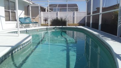 Affordable Luxury! 3 Bdrm, Pet Friendly, Sparkling Pool Home 4 mi from Disney