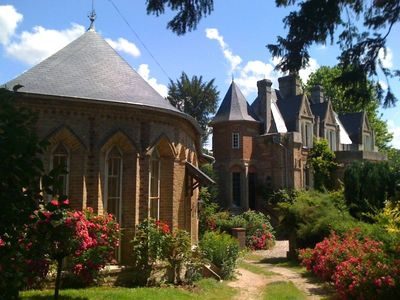 Saint Crespin: Character house neo-Gothic architectural style revolving around the castle 15 minutes from the beaches