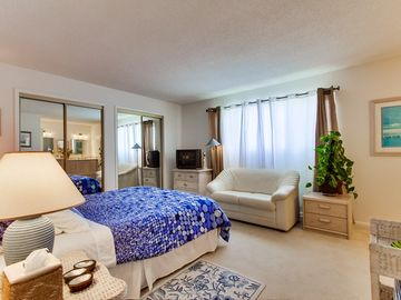 Fresh ocean breeze puts you to sleep. Lots of storage in closets and furniture.