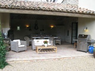 Au vent outdoor room with BBQ - Gordes farmhouse vacation rental photo