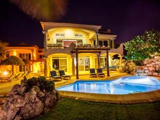 Puerto Aventuras villa photo - 2 private oceanfront swimming pools