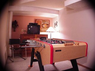 Lincoln City house photo - Foosball, TV, lots of games - The Neptune