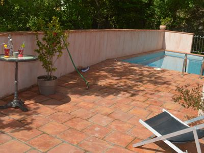 Independent house, pool, garden, 5mn walk downtown, Chauvet cave