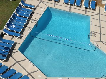 Refreshing pool to enjoy after the day on the beach or early morning swims!