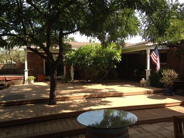 Orange house rental - Quiet and relaxing guest house.