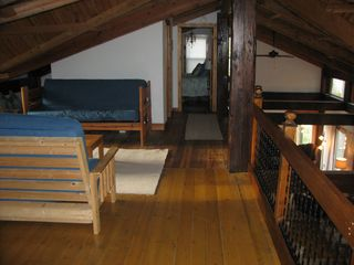 South Haven cottage photo - Additional loft sleeping with 2 full size futons, 3 single beds & 3rd 1/2 bath