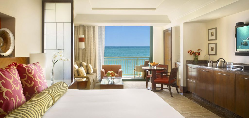 1 king reef studio steps away from beaches homeaway for Terrace view room atlantis bahamas