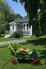 Castine cottage photo - Side view of cottage
