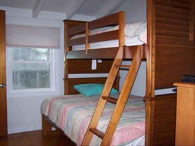 3rd bedroom, 2nd floor, Bunk Bed, Twin (top) & Full (botton)