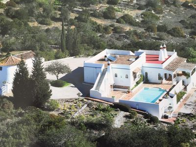 Moorish Style Villa With Private Heated Swimming Pool In Quiet, Hilltop Location