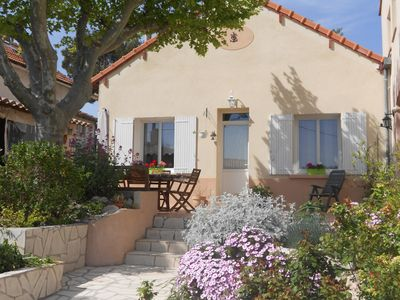 Provencale house, ideally located, Grd garden, Plein Sud