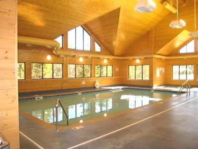 Large pool, suana, workout room, and hot tub