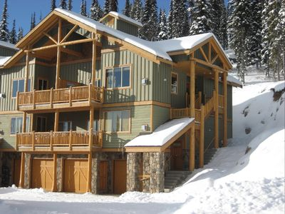 Silver Tip Landing–a special place to stay with private hot tub, 100% ski in/out