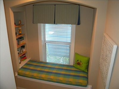 hall window bed/child's bed