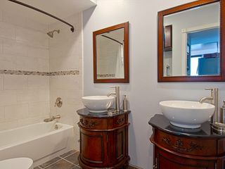 Newport Beach condo photo - Bathroom