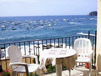 Beachfront Holiday Apartment in Calella Palafrugell, close to everything