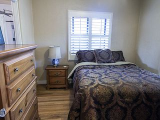 Tucson bungalow photo - Bedroom with queen bed and french doors off to the right.