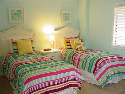 2 twin beds in guest bedroom is convenient for kids of all ages!