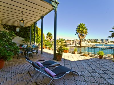 Cascais luxury apartment with front sea bay view