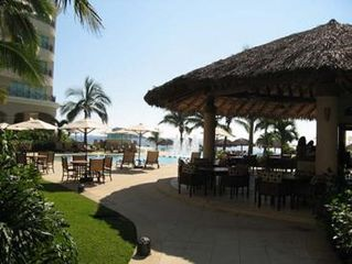 Ixtapa condo photo - Palapa Restaurant, Great Food and Reasonable