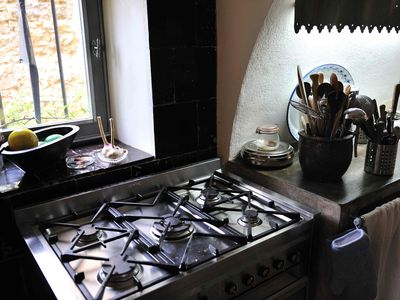 Stove with 6 gas burners and extra large oven.