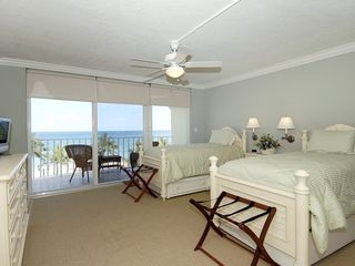 Deerfield Beach condo photo - Bedroom 3 - Twin Bedroom with two trundles