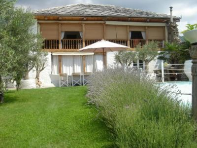 Villa rental 15 minutes from the sea